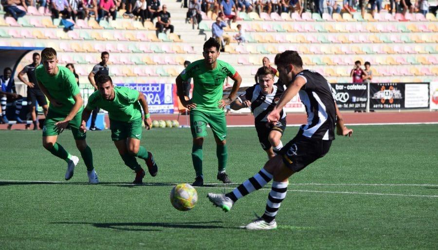 El Burgos CF arranca un punto ante el Haro con diez jugadores 12