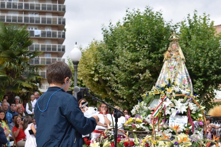 Haro se echa a la calle para honrar con flores a la Virgen de la Vega 49