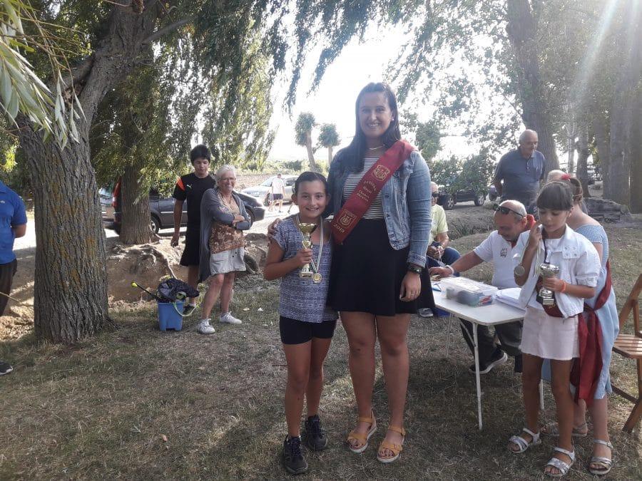 Más de 40 participantes en las pruebas de pesca infantil de la Sociedad Riojalteña de Caza y Pesca 3