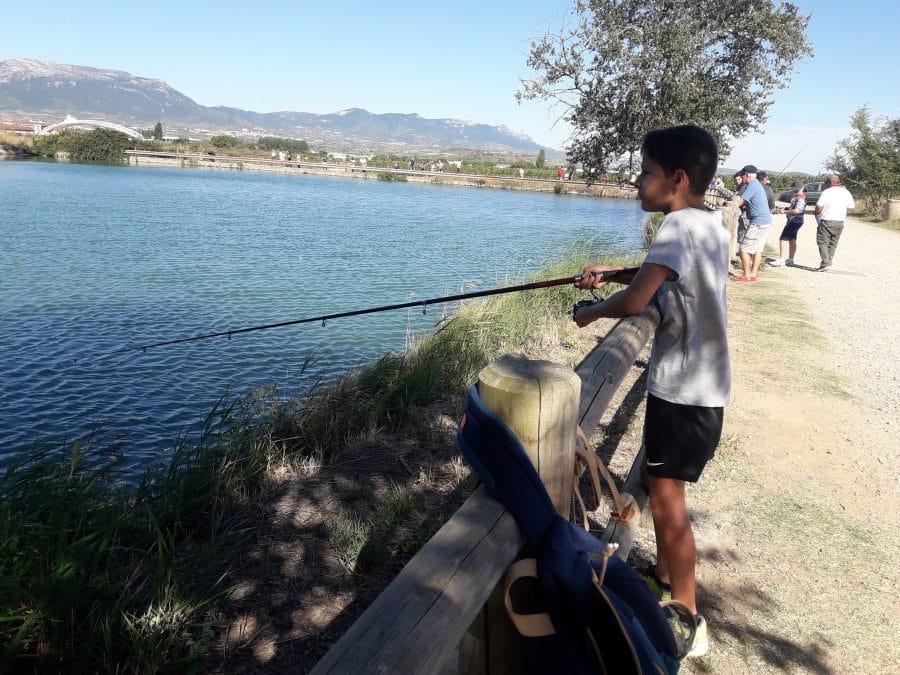 Más de 40 participantes en las pruebas de pesca infantil de la Sociedad Riojalteña de Caza y Pesca 4