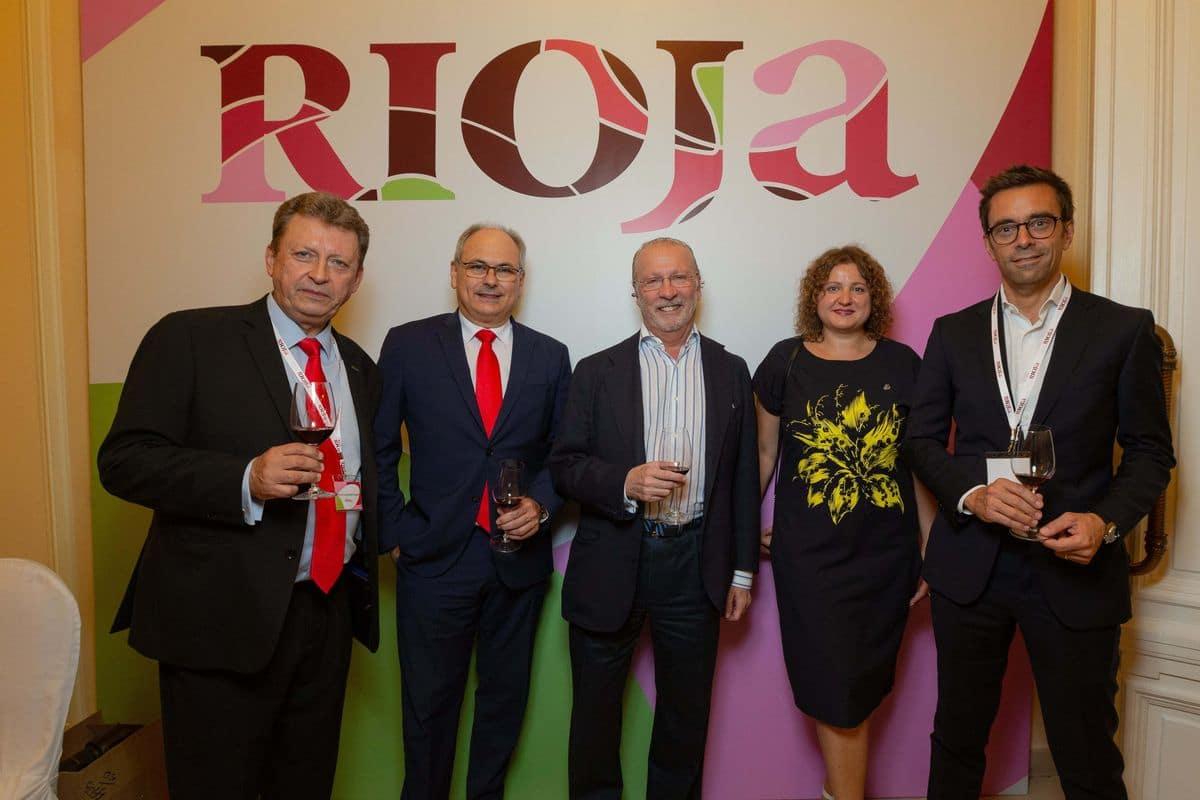 El vino de Rioja revoluciona la Plaza Roja de Moscú 1
