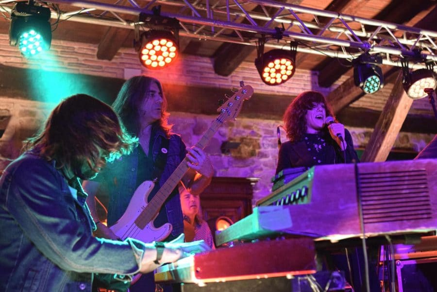 La Vieja Bodega suena a rock 4