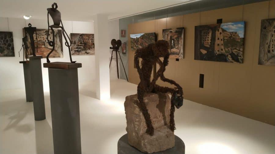 El Centro Fundación Caja-Rioja Bankia de Santo Domingo exhibe pinturas y esculturas de Félix Martínez-Losa 2