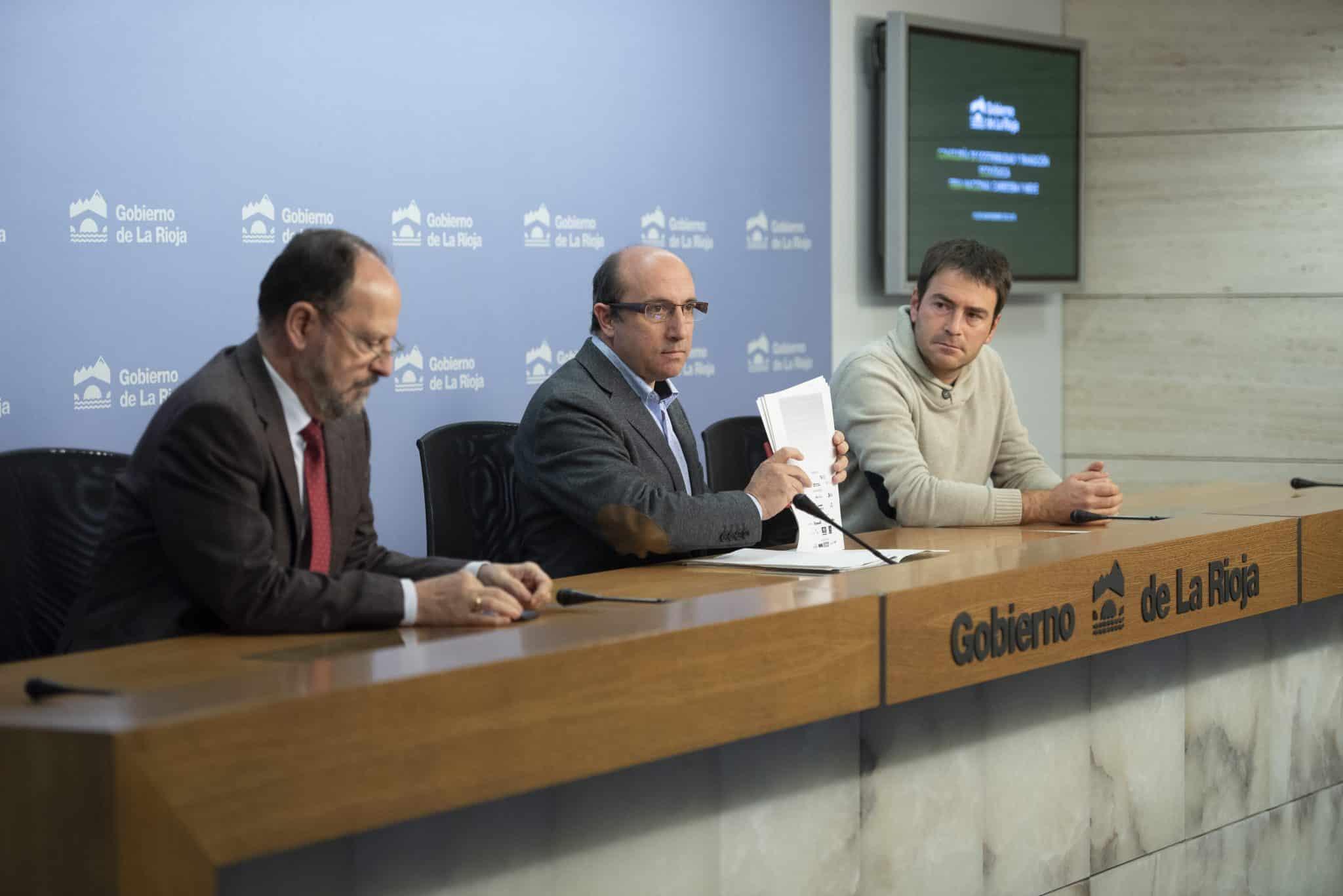 De izquierda a derecha: José Pablo Sáez, Vicente Urquía y Gonzalo Abajo.