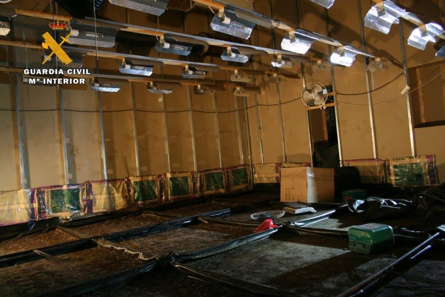 Desmantelan en La Rioja un nuevo laboratorio 'indoor' de marihuana a gran escala 2