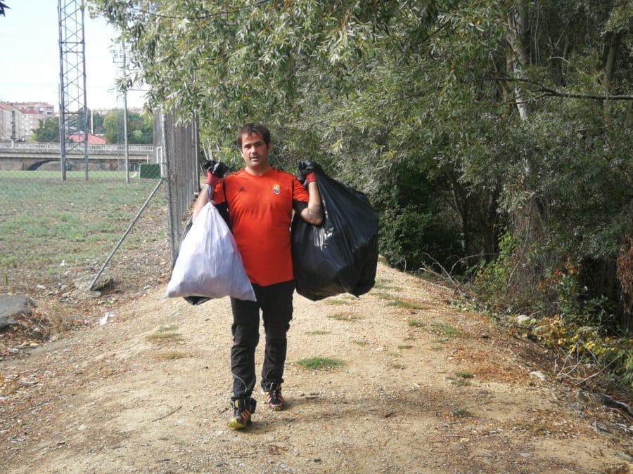 Iniciativa ciudadana en Haro contra la basuraleza 3