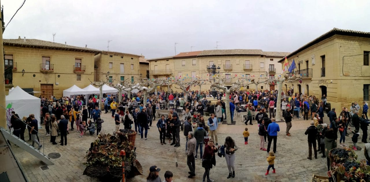 Más de 2.000 personas disfrutan de 'Cuzcuwine', la primera fiesta de la vendimia de Cuzcurrita 1