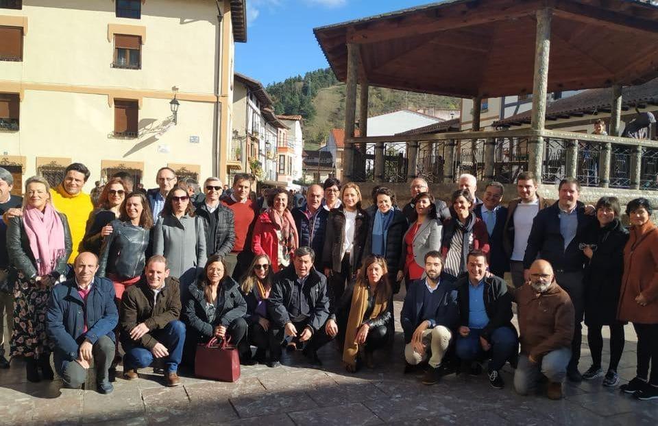 """La ministra de Trabajo visita en Ezcaray Euro Seating International: """"Un ejemplo de desarrollo e innovación"""" 1"""