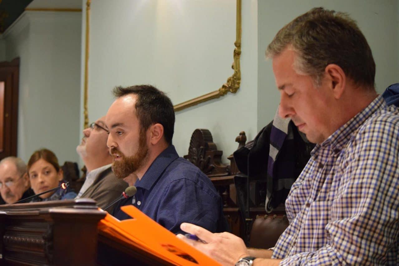 Pleno del Ayuntamiento de Haro: Dos síes y dos noes 2