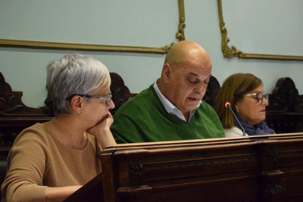 Pleno del Ayuntamiento de Haro: Dos síes y dos noes 4