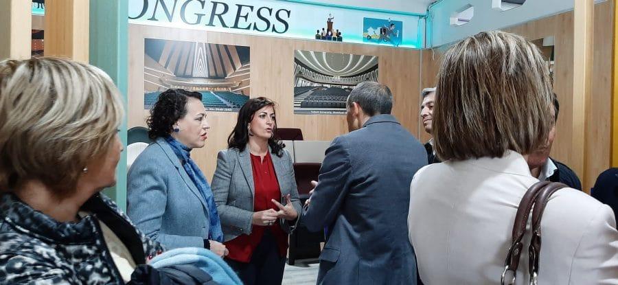 """La ministra de Trabajo visita en Ezcaray Euro Seating International: """"Un ejemplo de desarrollo e innovación"""" 7"""
