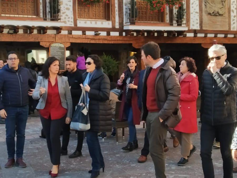 """La ministra de Trabajo visita en Ezcaray Euro Seating International: """"Un ejemplo de desarrollo e innovación"""" 5"""