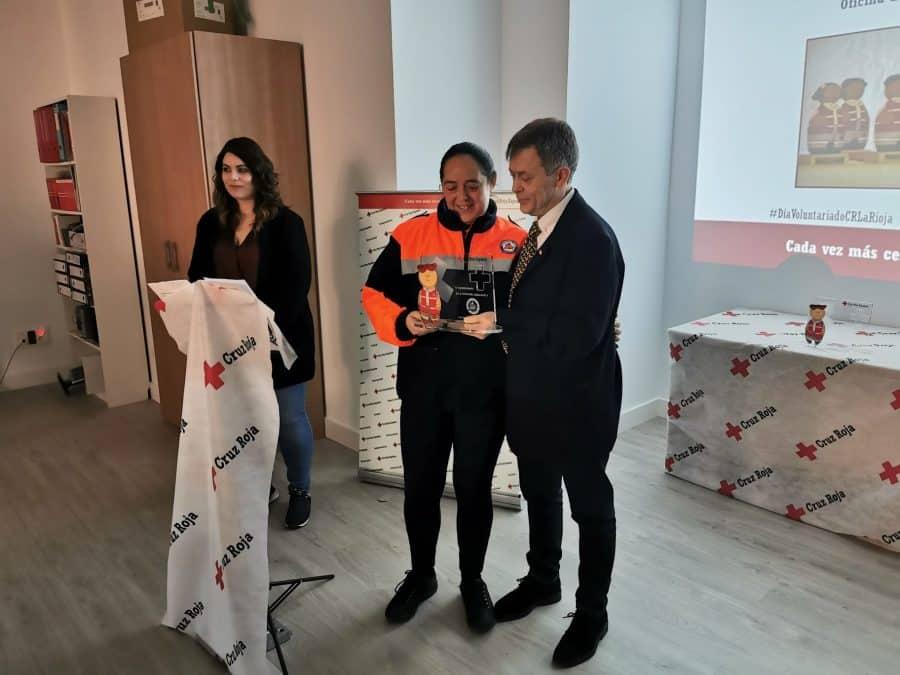 Cruz Roja Haro reconoce la labor de los voluntarios de Protección Civil y de Carmen Bacigalupe 3