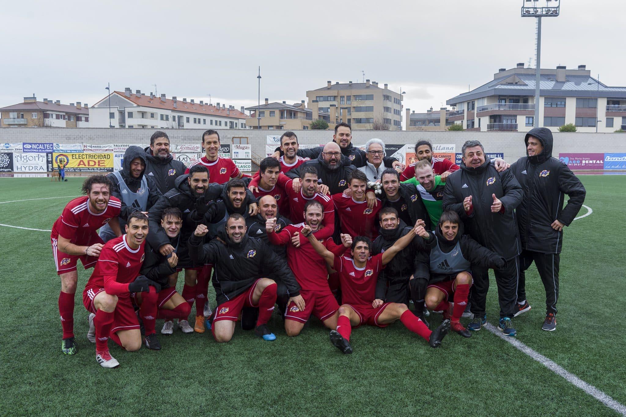 La Selección Riojana de Fútbol estará en la siguiente fase de la Copa de las Regiones UEFA | Foto: Donézar Fotógrafos