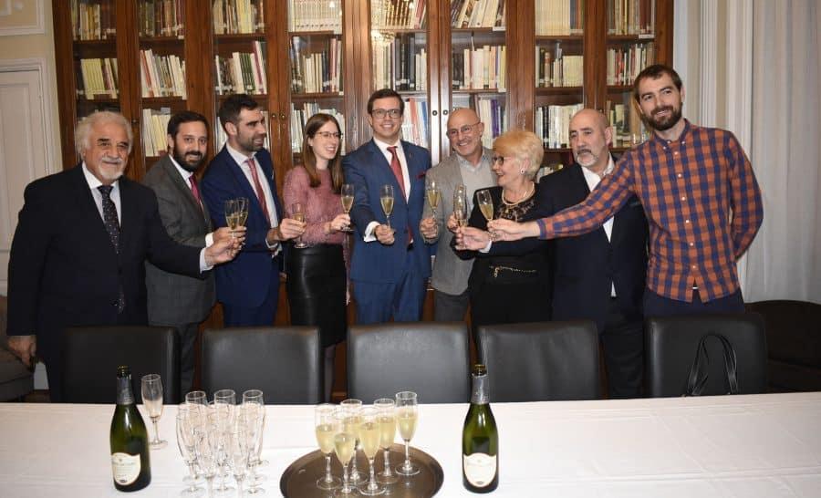 Luis de la Fuente recibe el Premio al Deporte del Centro Riojano de Madrid 1