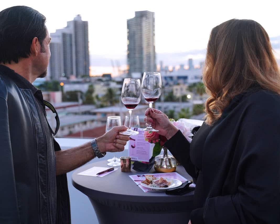 El vino de Rioja marida con el arte en Miami 2