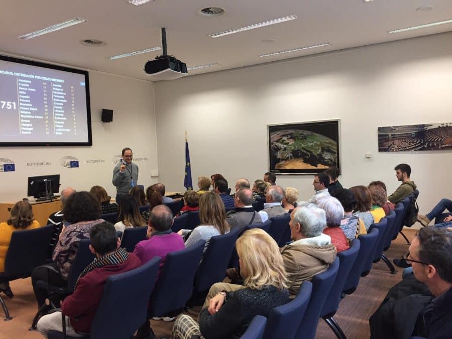 Vecinos de La Rioja Alta visitan el Parlamento Europeo 1