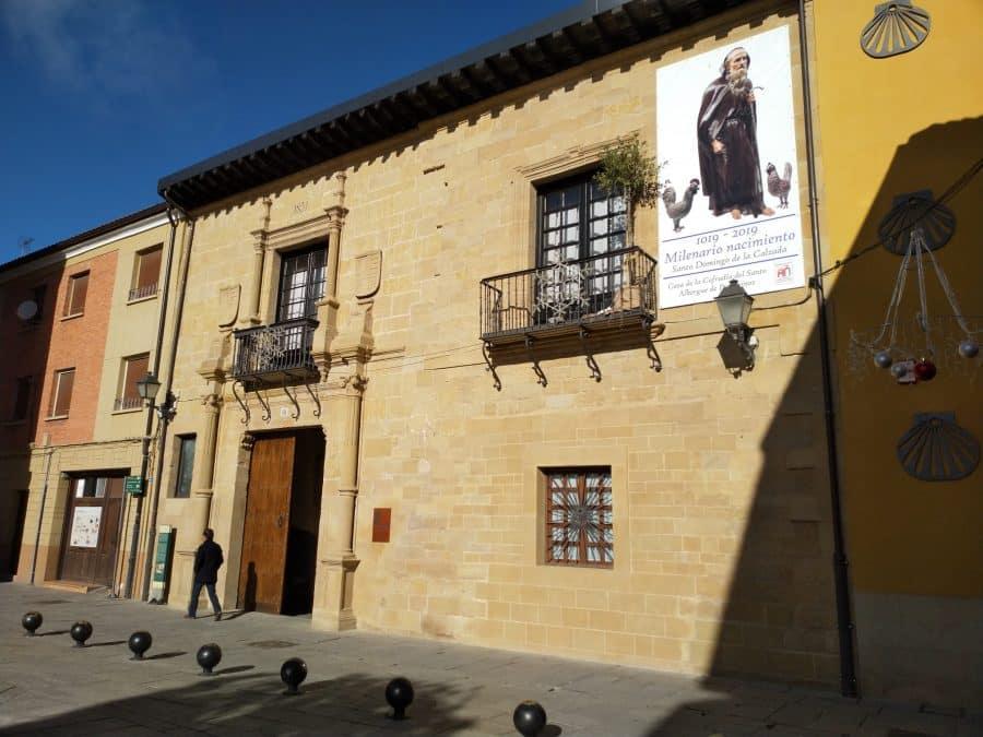 El Ayuntamiento regala a la Cofradía del Santo la 'Encina del Milenario' 1