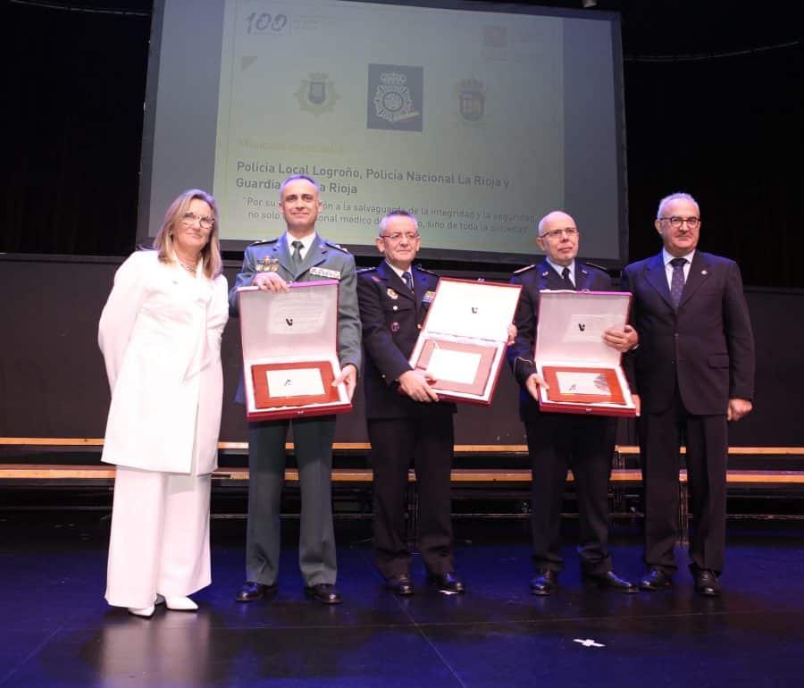 El Colegio de Médicos de La Rioja ensalza la vanguardia de la medicina española en la gala de su centenario 2