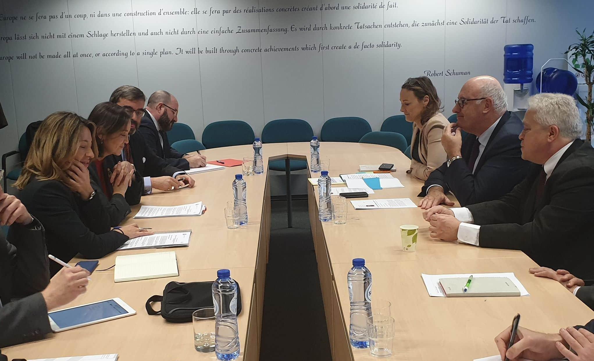 """Reyes Maroto pide a la Comisión Europea """"más medidas de apoyo"""" a los sectores frente a los aranceles de EEUU 1"""