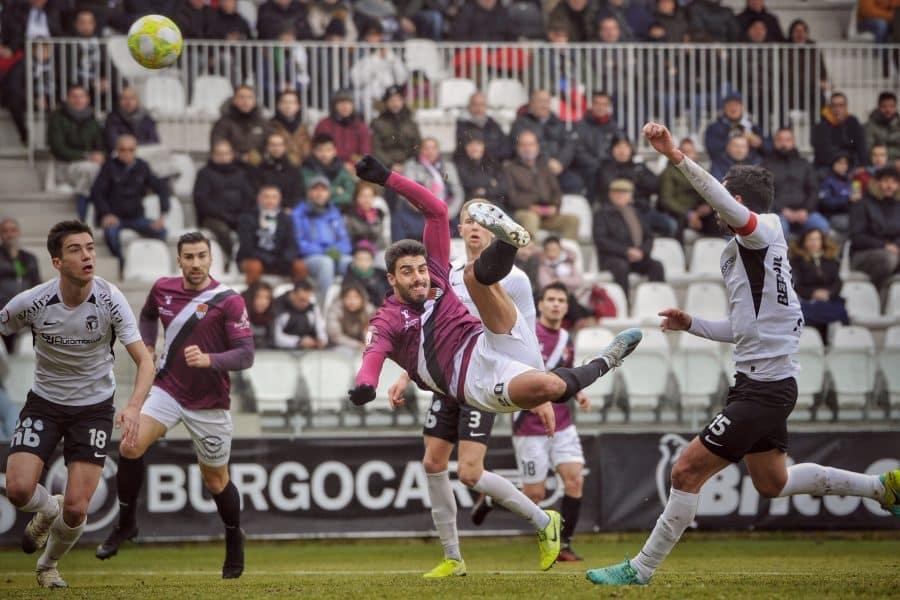 El Haro saca un valioso empate de Burgos 15