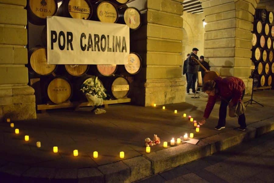 """Cientos de personas se concentran en Haro """"por Carolina"""" 2"""
