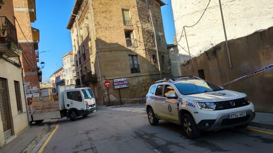 Cortan la calle Linares Rivas en Haro por peligro de derrumbe de un edificio 6