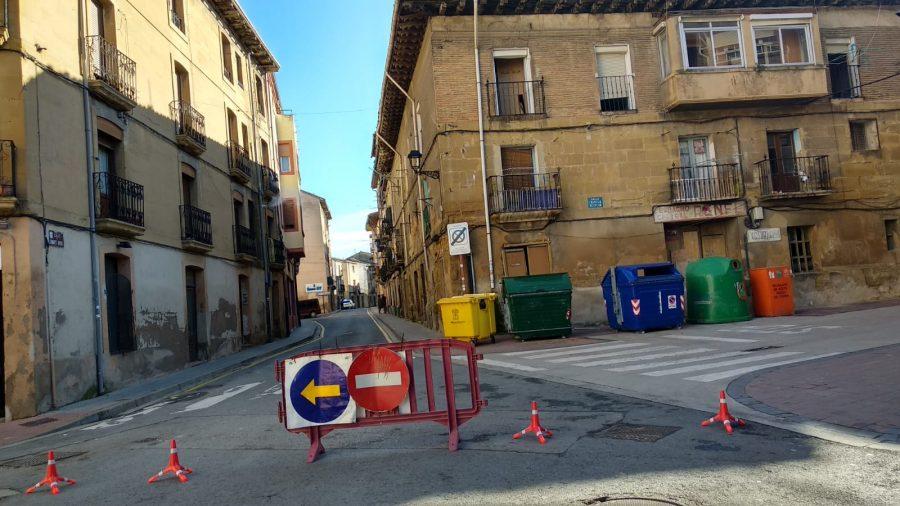 Cortan la calle Linares Rivas en Haro por peligro de derrumbe de un edificio 3