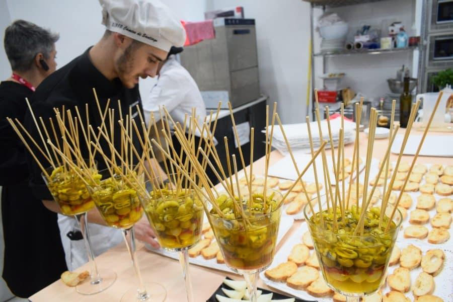 La Rioja exhibe su músculo enoturístico y gastronómico en Fitur 15