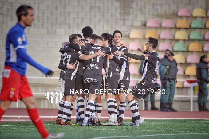 La UD Logroñés se lleva el derbi de El Mazo 6