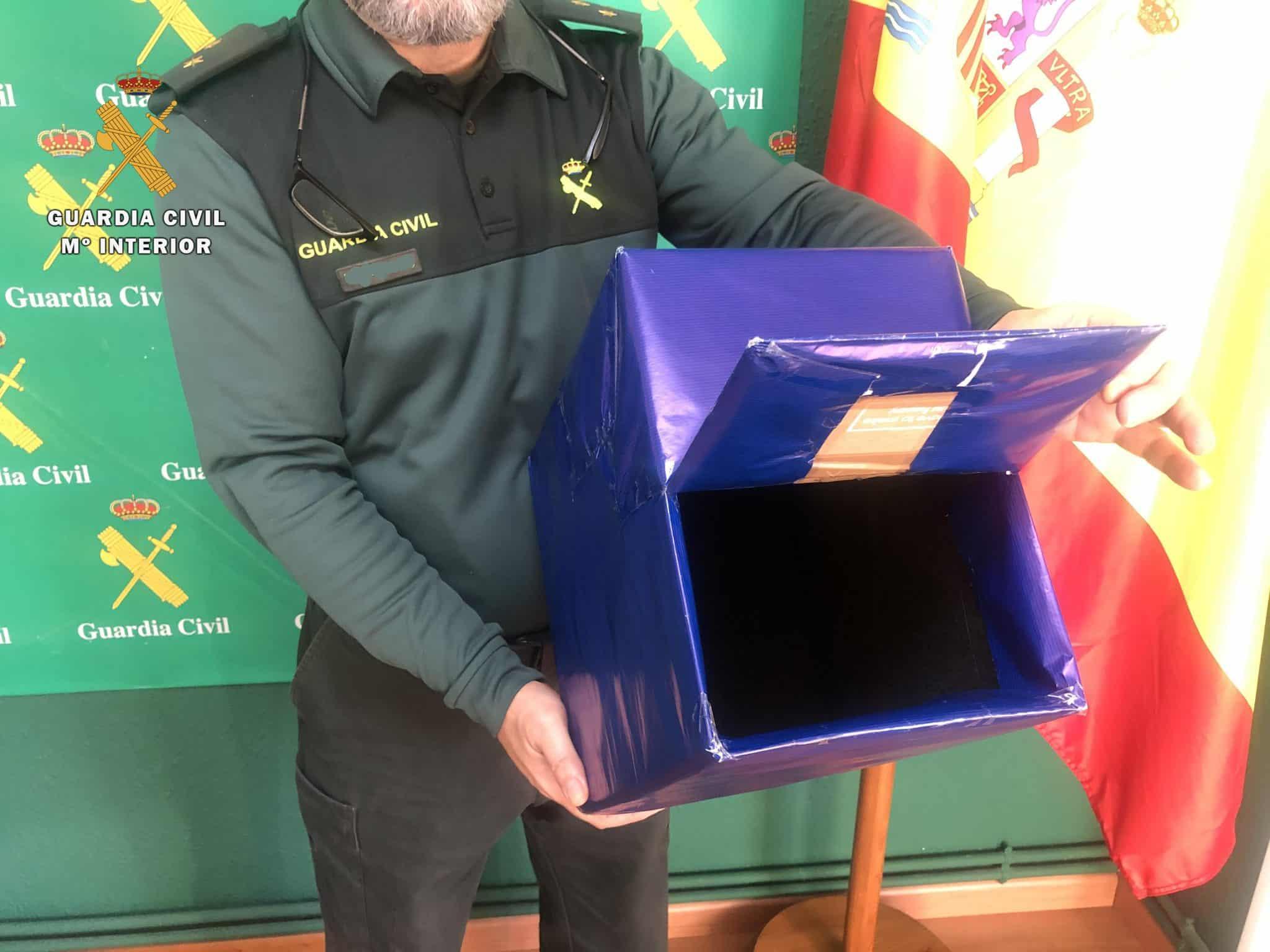 La Guardia Civil alerta a los comercios riojanos del uso de bolsas 'faraday' 1