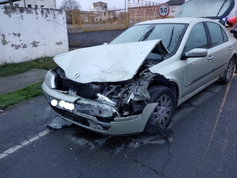 Dos heridos en un accidente de tráfico en Santo Domingo de la Calzada 2