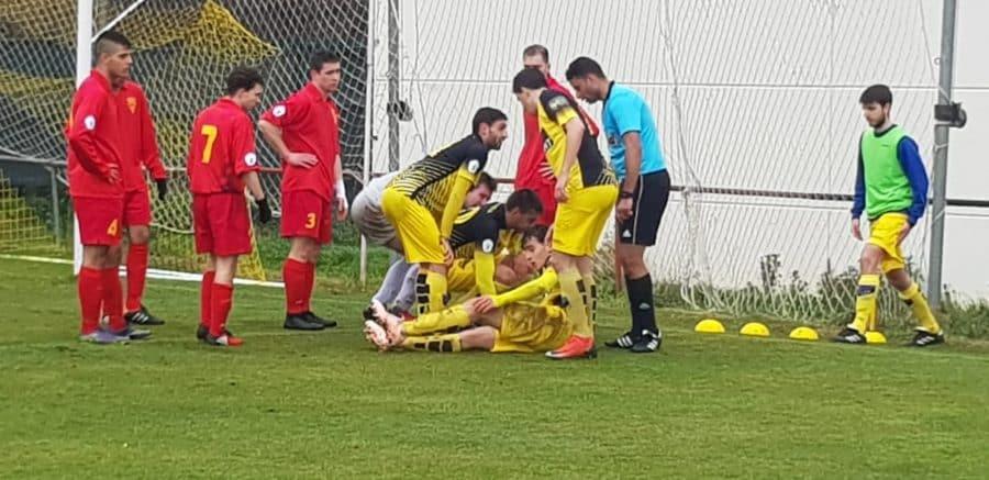 El Casalarreina abrasa al Yagüe y mantiene su idilio con la liga 3