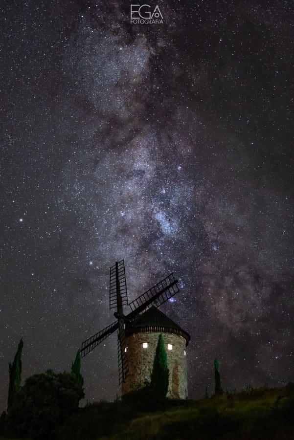 La Gota de Leche inaugura una exposición de fotografía nocturna 3