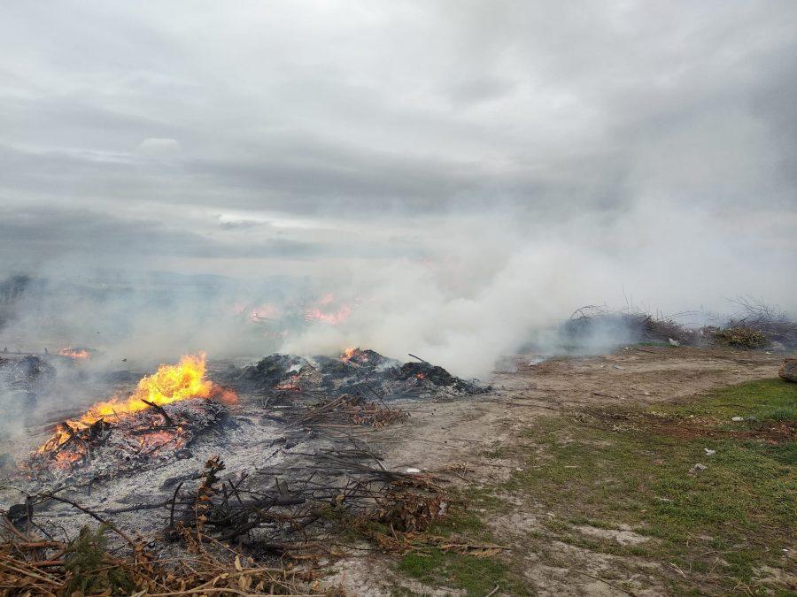 Incendio en una escombrera en Santo Domingo 1