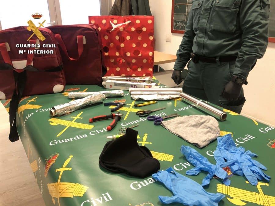 La Guardia Civil alerta a los comercios riojanos del uso de bolsas 'faraday' 4