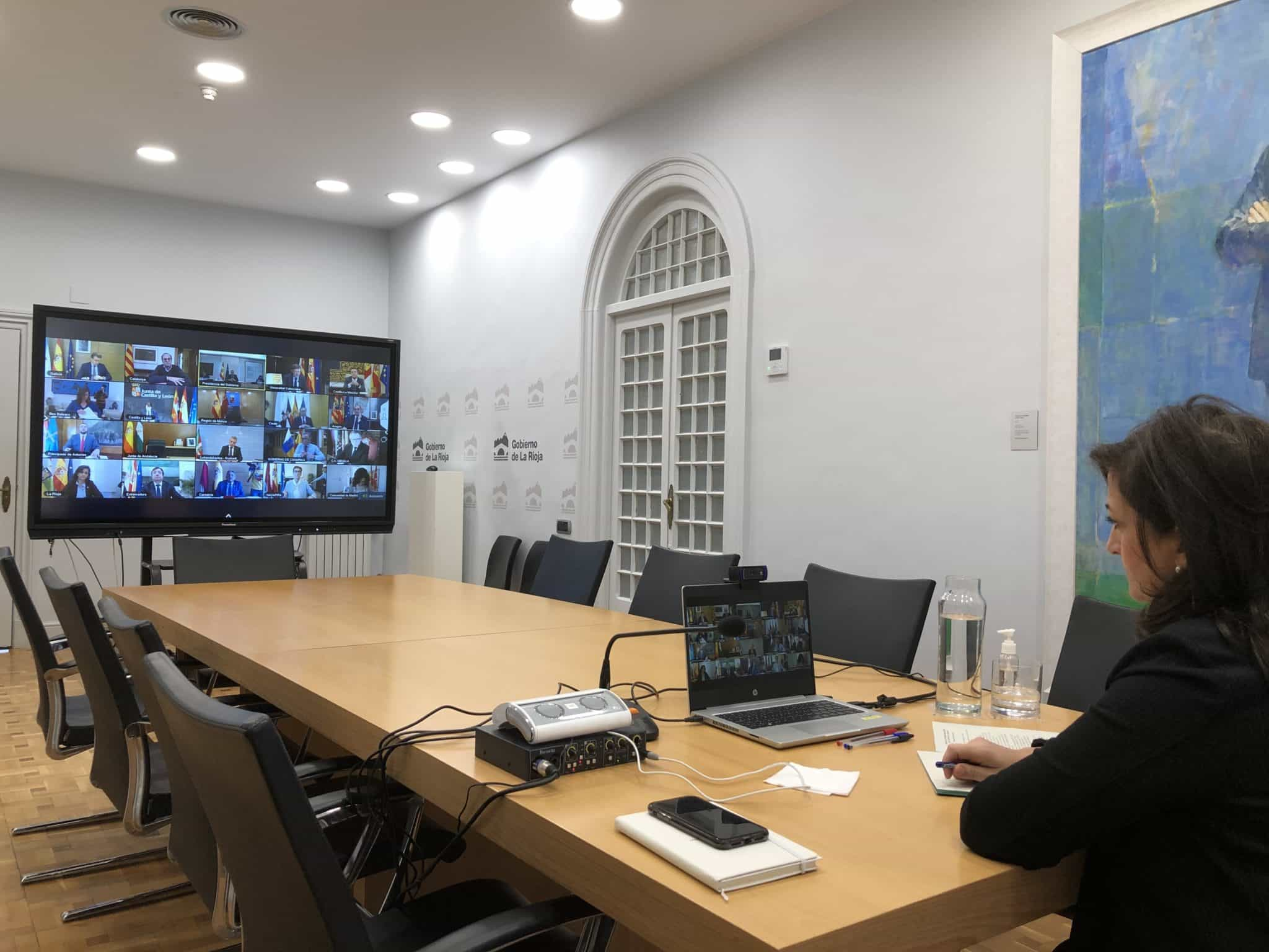 """Andreu pide """"responsabilidad y compromiso"""" a todas las empresas y trabajadores riojanos 1"""