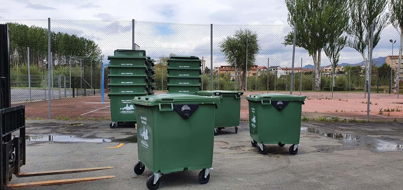 Anguciana renueva más de 70 contenedores de recogida de residuos 7
