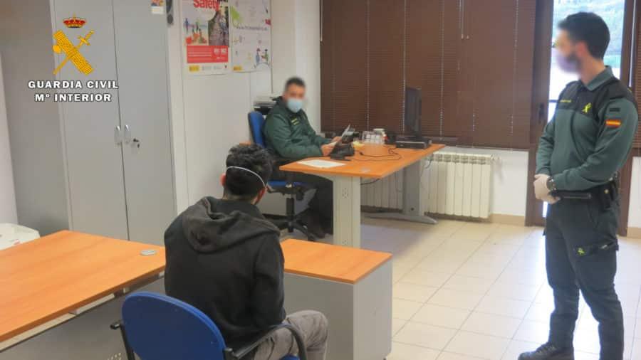 Detenida una persona por robar la caja registradora de un comercio en La Rioja en pleno Estado de Alarma 1