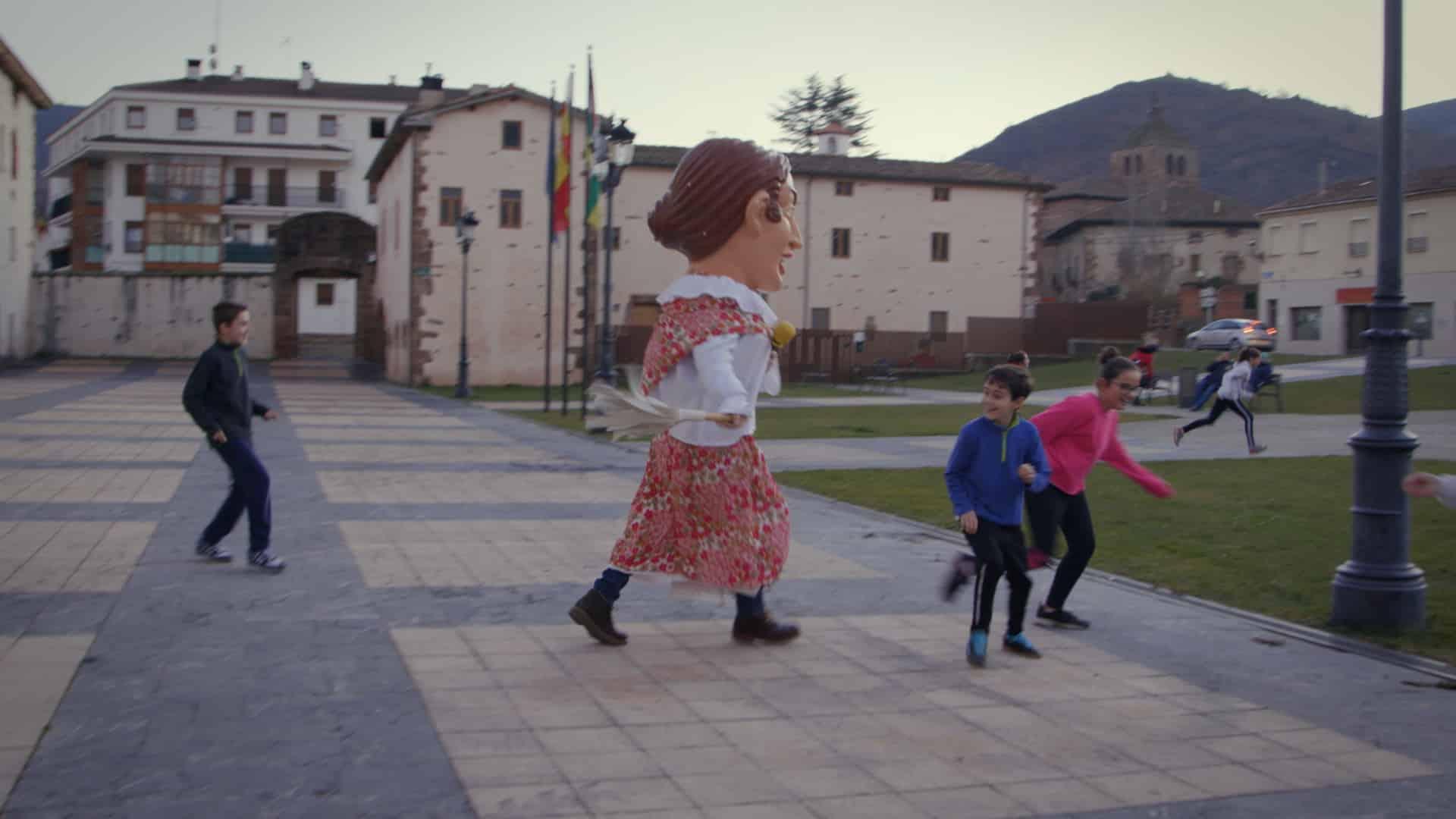 'El Paisano', con Jorge Cadaval, descubre este miércoles Ezcaray y sus tradiciones 1