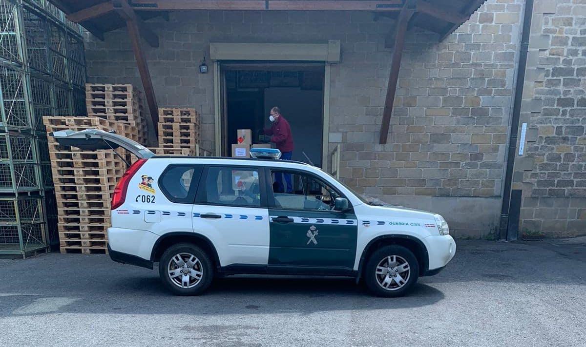 El Club de los 300 de Bodegas Muga dona material contra el coronavirus 3
