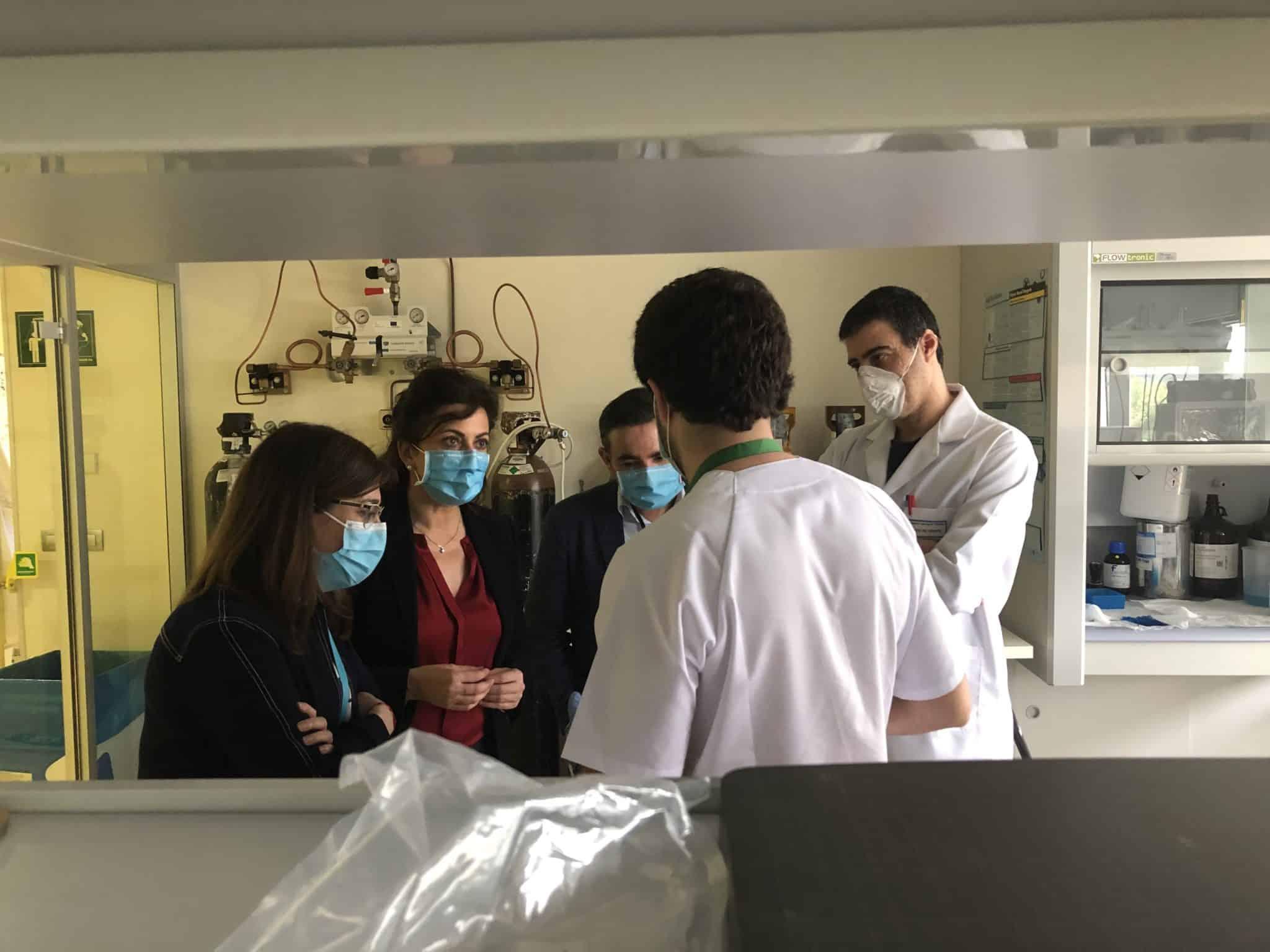 El CIBIR muestra a Andreu los proyectos de investigación ya en marcha para luchar contra el COVID-19 1