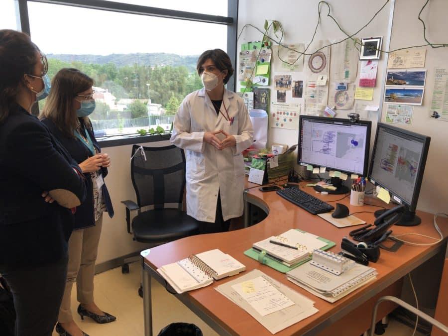 El CIBIR muestra a Andreu los proyectos de investigación ya en marcha para luchar contra el COVID-19 2