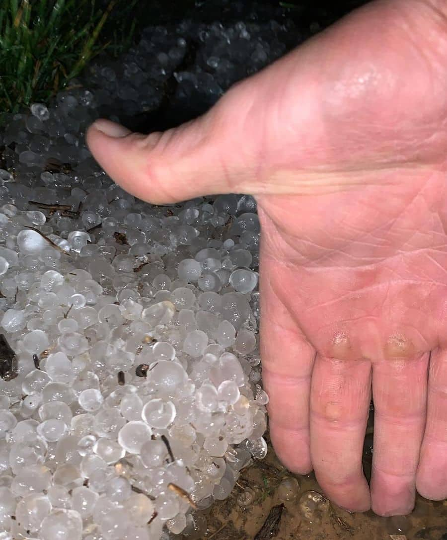 Una fuerte tormenta de agua y granizo deja daños en la comarca de Haro 2