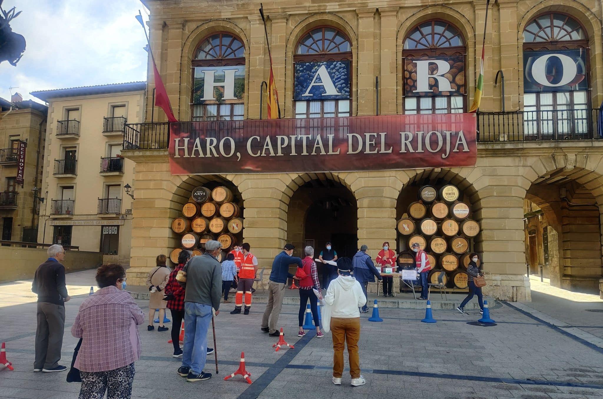 Los ayuntamientos riojanos comienzan a repartir las mascarillas entregadas por el Gobierno 1