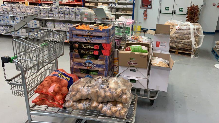 Los Meandros de Briones entregan su donación al Banco de Alimentos y a la Cocina Económica 1