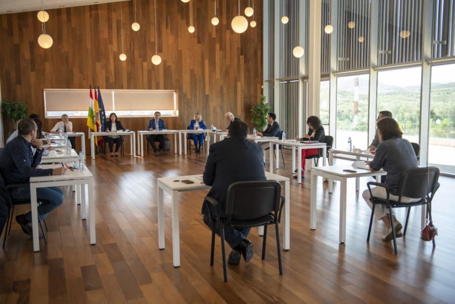Haro, Nájera y Santo Domingo participan en la segunda reunión de la Mesa para la Reconstrucción de La Rioja 2