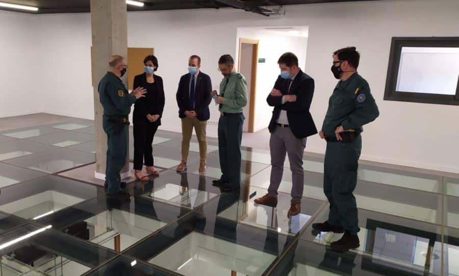 La delegada del Gobierno visita la Unidad de Acción Rural de la Guardia Civil 1