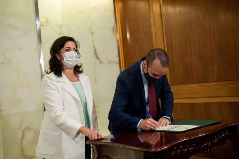 Haro, Nájera y Santo Domingo firman los convenios de cabeceras de comarca 4
