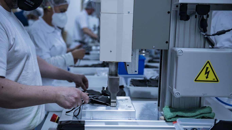 Andreu visita Geopannel, empresa riojana que lidera la alternativa frente a China en la fabricación de mascarillas FFP2 10